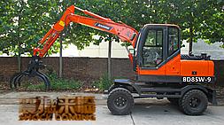 针对中高端抓木机客户使用宝鼎发布新品BD85W-9轮式抓木机
