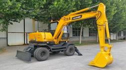 """""""大雪""""来临,轮式挖掘机也需要大补"""