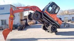 宝鼎轮式挖掘机生产厂家19款轮胎式80车型