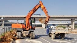 轮式挖掘机多功能用途成主要趋势
