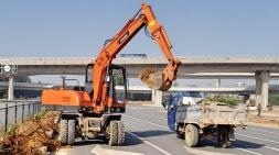 宝鼎轮式挖掘机建设太原奉献微薄之力