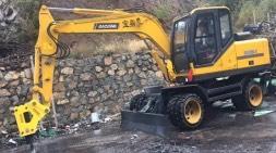 十万以内轮式挖掘机价格误区