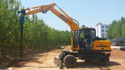 轮式挖掘机多功能优势成市场核心竞争力