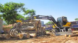 购买抓木机厂家的参观考察至关重要