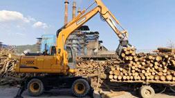 宝鼎抓木机厂家轮式车型或面对重大变革