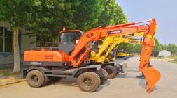 论轮式挖掘机配件和厂家售后服务