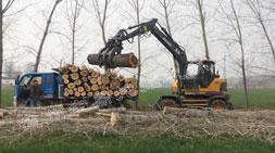 能挣钱轮式抓木机车型因素总结