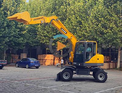 2019款宝鼎BD80W小型轮式挖掘机