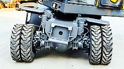 宝鼎小型轮式挖掘机抓木机设备特点铰链式平衡油缸系统介绍