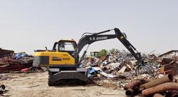 轮式挖掘机抓木机价格和配置的微妙关系