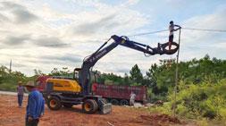 宝鼎轮式挖掘机:生态产业的致富利器