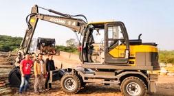 挖掘机械致富,这样的轮式挖掘机不能少