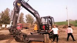 全工况领域多用轮式挖掘机车型