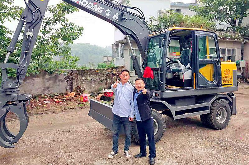 宝鼎湖北轮式抓木机销售客户